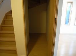 廊下・階段下